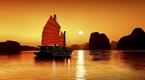 Chiêm ngưỡng vẻ đẹp huyền bí của Vịnh Hạ Long khi vào Đông