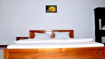 Phòng 2 khách (giường 1m6)