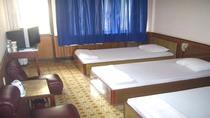 Phòng loại I (1 giường đôi, 1 giường đơn/ 3 giường đơn)