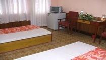 Phòng VIP (1 phòng khách, 1 phòng ngủ  (2 giường đơn 1,2m))