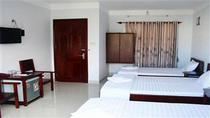 2 giường 1,4m + 1 giường 1,2m