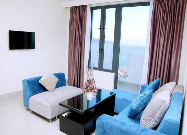 Căn hộ - Phòng khách view biển